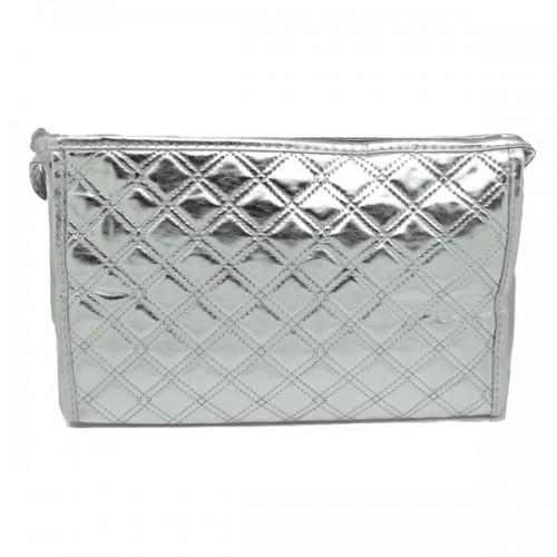 AVERY® NYC Toilettaske i sølv